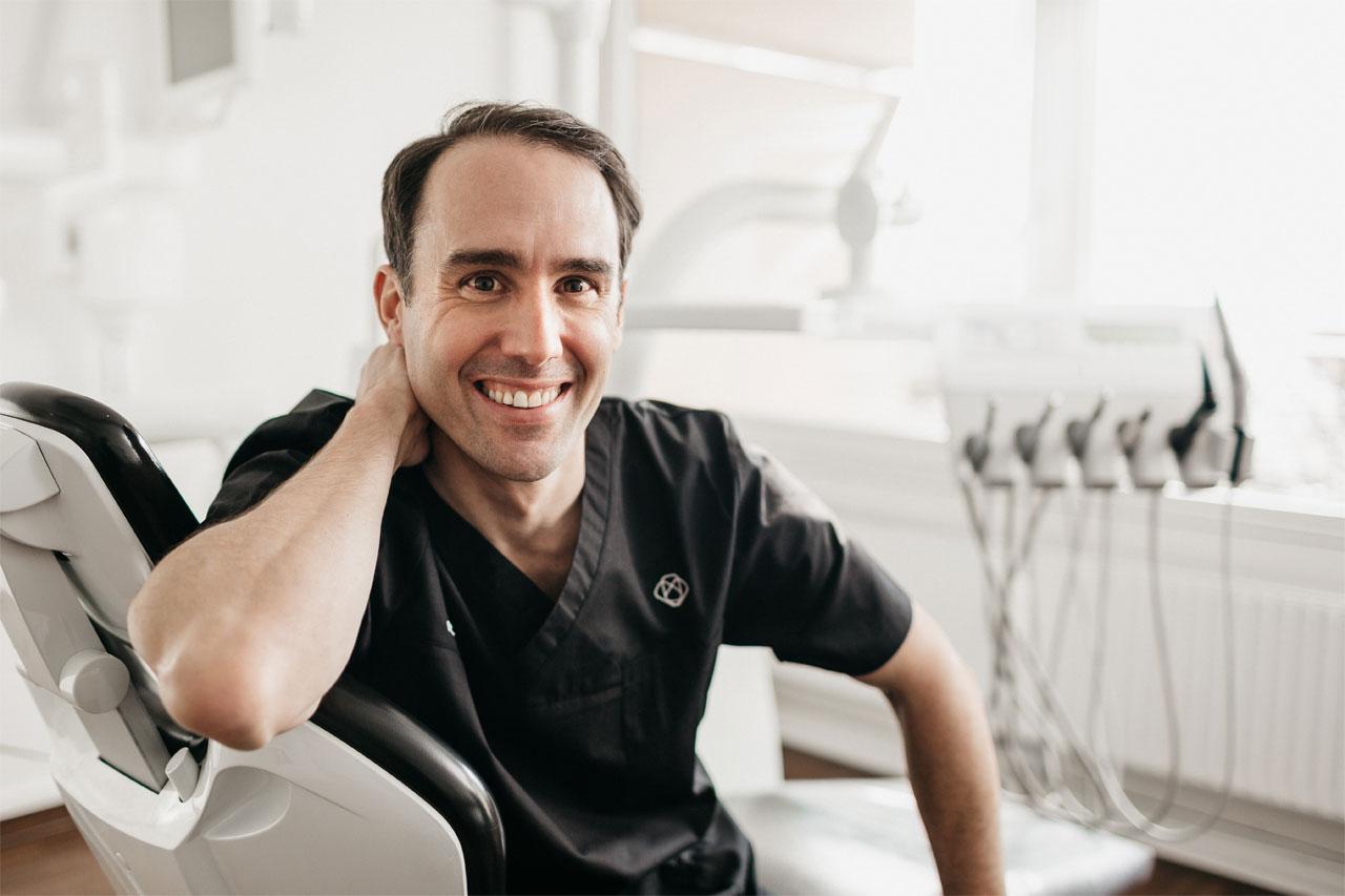 Dr. Holweger ist Zahnarzt in Kempten (Allgäu)